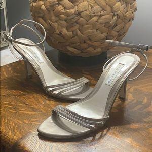 Ann Marino pewter strappy 3 inch heels